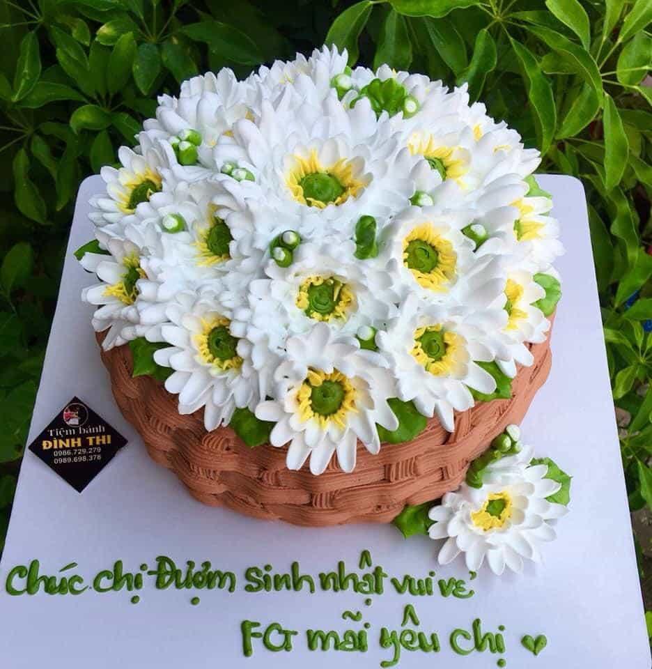 Mẫu bánh sinh nhật kỳ công tạo hình nhất